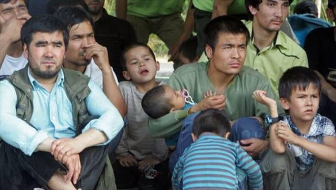 Müslüman Uygura Zulüm!
