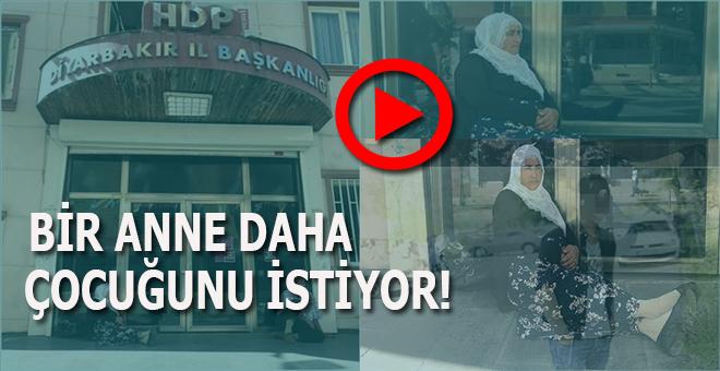 Diyarbakır'da bir anne daha HDP önünde oturma eylemi başlattı!
