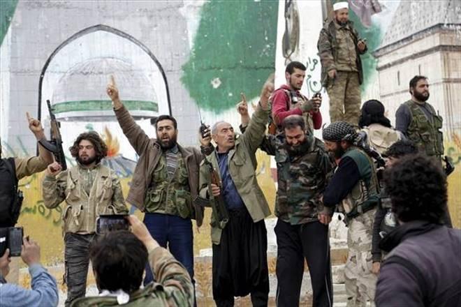 """""""İdlib Türkiye`nin desteğiyle düştü"""""""