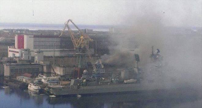 Nükleer denizaltıda yangın!