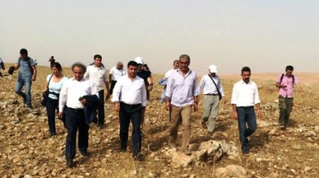 Cizre'ye sokulmayan Demirtaş yola oturdu!