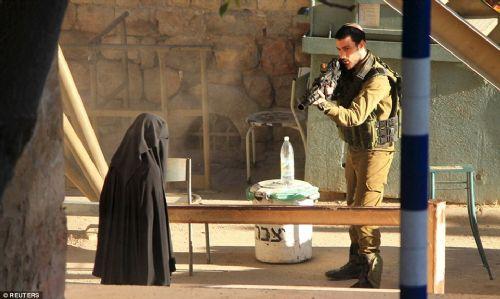 İsrail askeri Filistinli genç kadını öldürdü