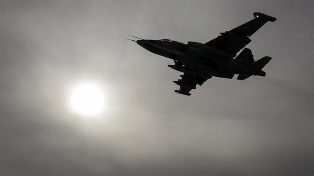 Rus uçakları Halep'te yine sivilleri vurdu