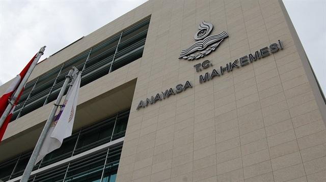 """AYM Başkanı Arslan'dan açıklama; """"Vatana ihanet serbest!"""""""