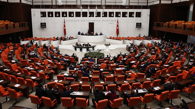Milyonları ilgilendiren 'torba tasarı' Meclis'ten geçti