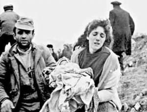 100 yıl sonra da Ermeni Burjuvaları Emperyalist Çakalların doldurmasıyla boş hayallerle avunmaya devam ediyorlar