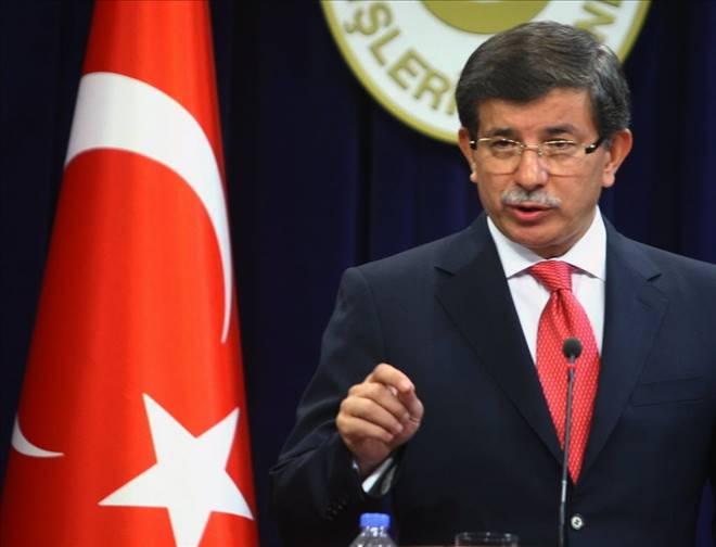 """Davutoğlu`ndan """"Arınç-Gökçek"""" açıklaması"""