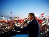 """Cumhurbaşkanı Erdoğan; """"15 Temmuz saldırısının arkasındaki güçleri çok iyi değerlendirmeliyiz"""""""