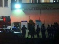 Cezaevi müdürü FETÖ'den gözaltına alındı