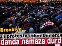 """""""Protesto ve namaz için ve vatansever olduğumuzu göstermek için buradayız"""""""