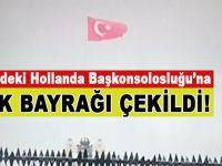 Taksim'deki Hollanda Başkonsolosluğu'na Türk bayrağı çekildi!