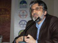 Yeni Şafak yazarı gazeteci Akif Emre hayatını kaybetti
