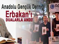 Anadolu Gençlik Derneği, Erbakan'ı dualarla andı!