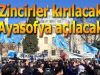Akıncılar Ayasofya önünde: Bu batıcı-İslamcı kavgasıdır…