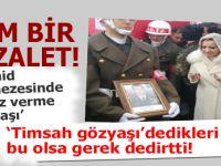 """Şehid cenazesinde """"poz verme telaşı..."""" insanlık adına utandırdı!"""