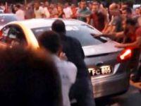 HDP için pilav dağıtan CHP'li Başkan linçten zor kurtuldu