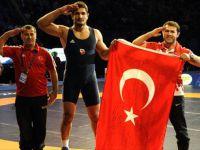 Taha Akgül 2. kez Dünya Şampiyonu