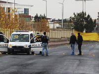 Diyarbakır'da polise silahlı saldırı: 1'i ağır 3 yaralı